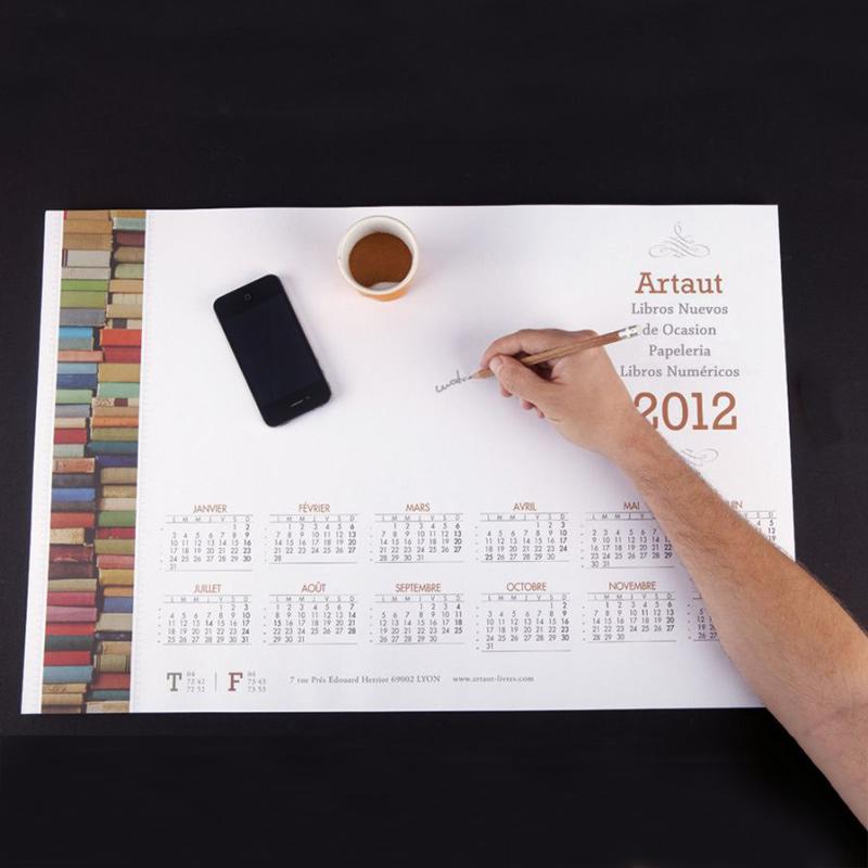 Foto de un calendario encolado