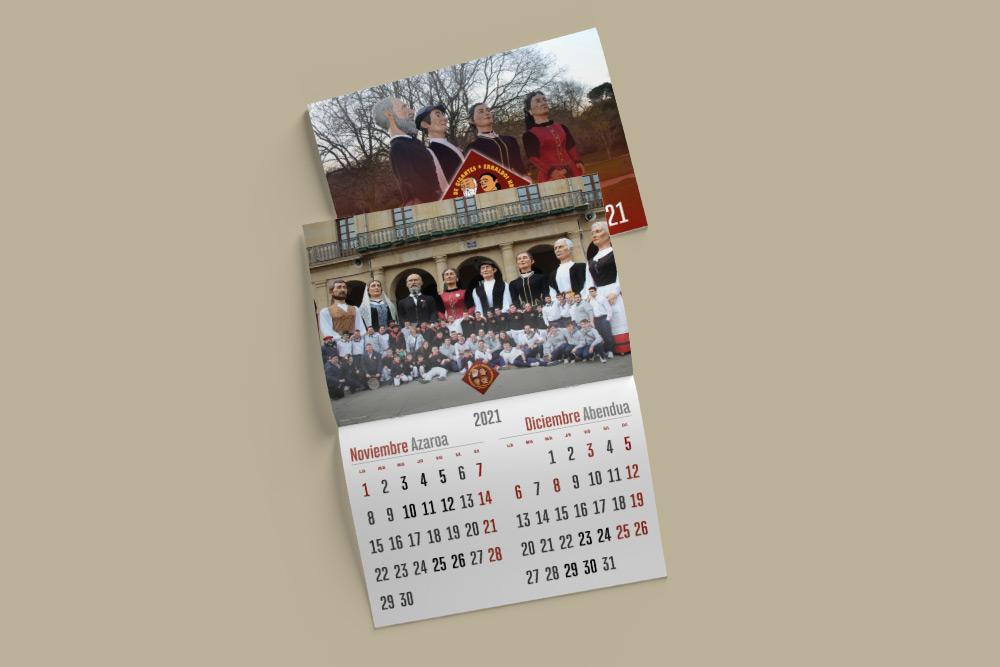 Fotografía del Calendario 2021 de la Comparsa de Gigantes Asier Marko